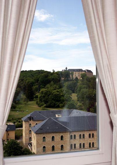 expectbelow